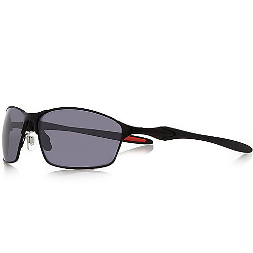 Black matt performance sunglasses