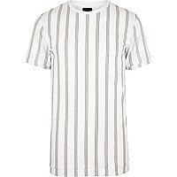 T-shirt ADPT blanc à rayures verticales