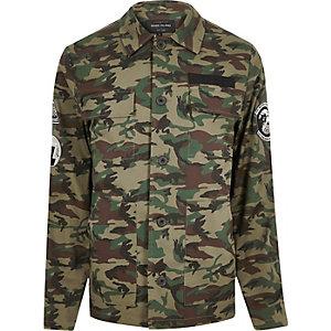Veste camouflage verte avec écussons