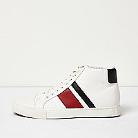 Baskets montantes blanches style sport rétro