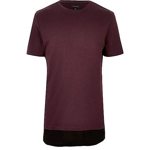 Langes, dunkelrotes T-Shirt im Lagen-Look