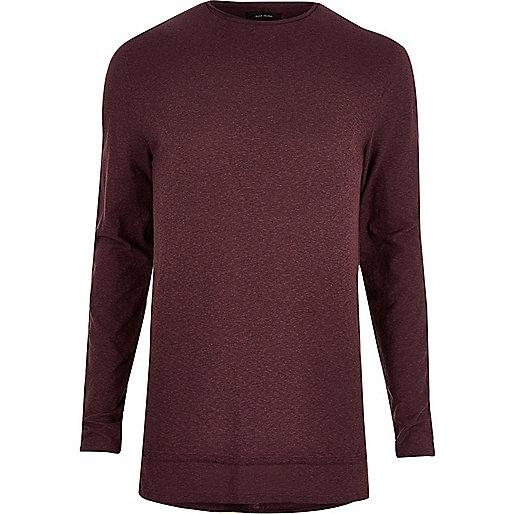 Langes, dunkelrotes T-Shirt mit langen Ärmeln