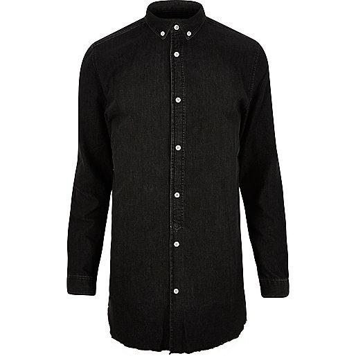 Chemise longue en jean délavage noir à ourlet brut