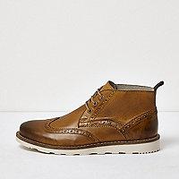 Hellbraune Brogue-Stiefel aus Leder