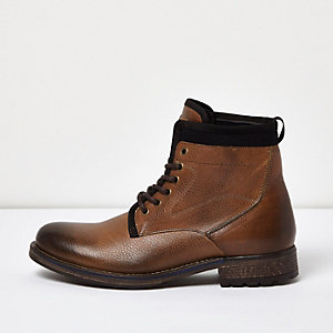 Brown leather textile lined boots