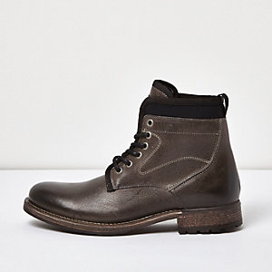 Black leather textile lined boots