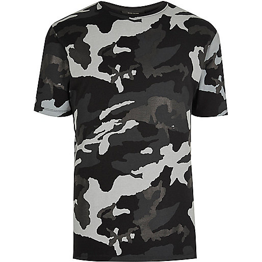 T-Shirt in Schwarz-Metallic mit Camouflage-Muster
