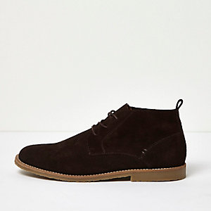 Dark brown relaxed suede desert boots