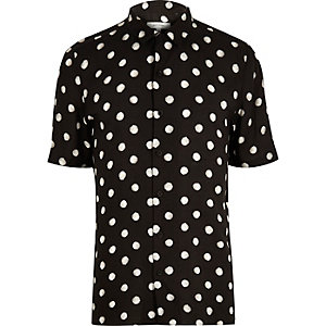 Black dotted short sleeve shirt