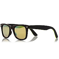 Neon yellow retro sunglasses