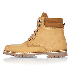 Honey nubuck boots