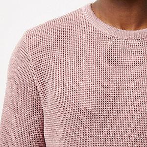 Pinker, strukturierter Pullover