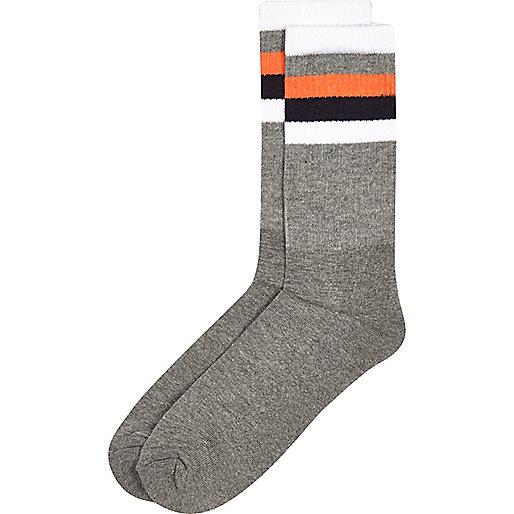 Grey stripe ankle socks