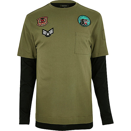 Langes, langärmliges T-Shirt in Khaki im Lagen-Look