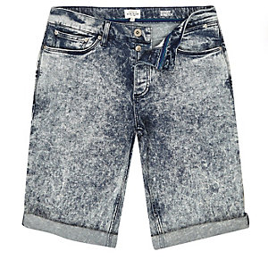 Dark acid wash skinny fit denim shorts