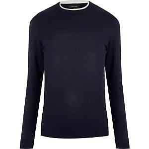 Marineblauer Pullover mit Kontrastkragen