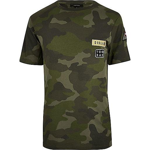 T-shirt camouflage vert avec écussons
