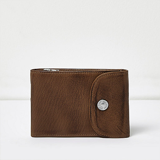 Light brown leather popper wallet