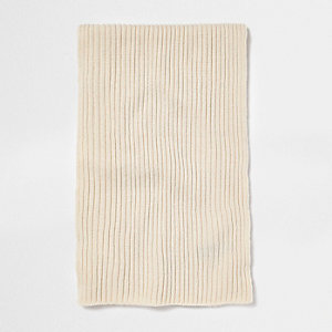 Ecru ribbed fisherman scarf