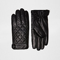 Black quilted leather glovves