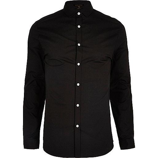 Chemise en popeline noire habillée très cintrée