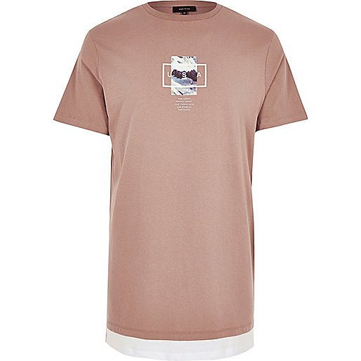 T-shirt long rouge foncé imprimé montagne