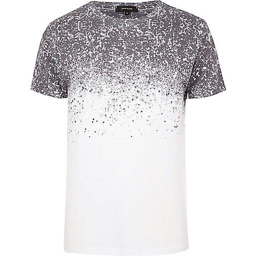 White splattered shoulder print T-shirt