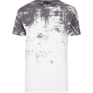 White textured shoulder print T-shirt