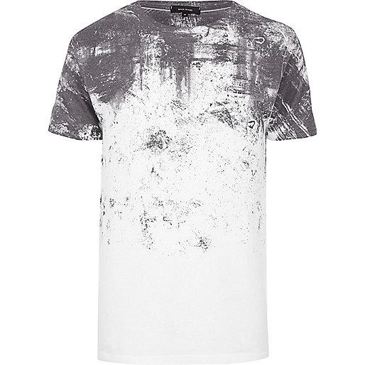 White textured shoulder print T-shirt