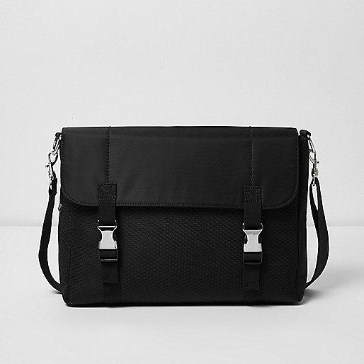 Schwarze Messengertasche