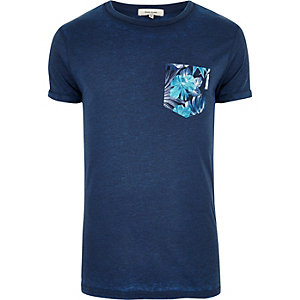 Dark blue chest print T-shirt