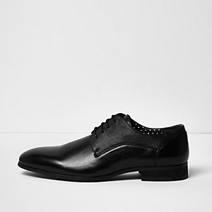 Black textured leather look formal shoes