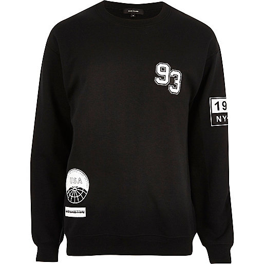 Black sports badge sweatshirt