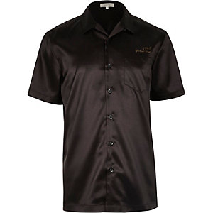 Black satin eagle back short sleeve shirt