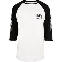 White print raglan T-shirt