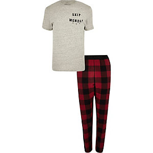 Grey 'Skip Monday' print plaid pajama set