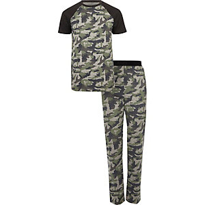 Green camo print pajama set