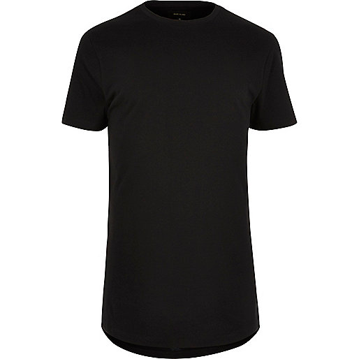 Schwarzes T-Shirt mit abgerundetem Saum