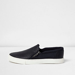Navy textured zip plimsolls