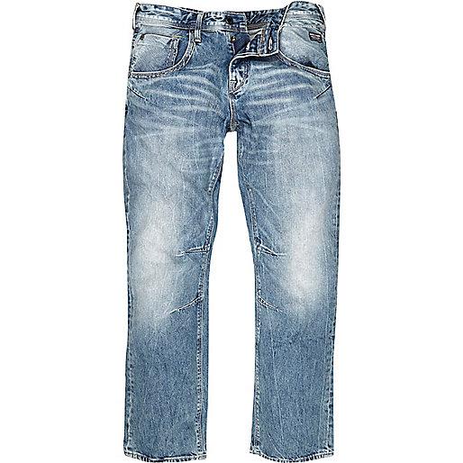 Hellblaue, kastenförmige Jeans