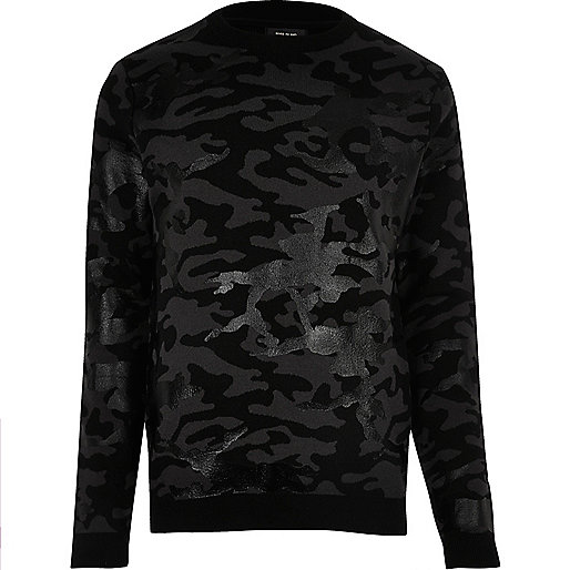 Pull noir motif camouflage métallisé