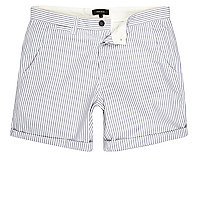 Blau gestreifte Casual Shorts in Slim Fit