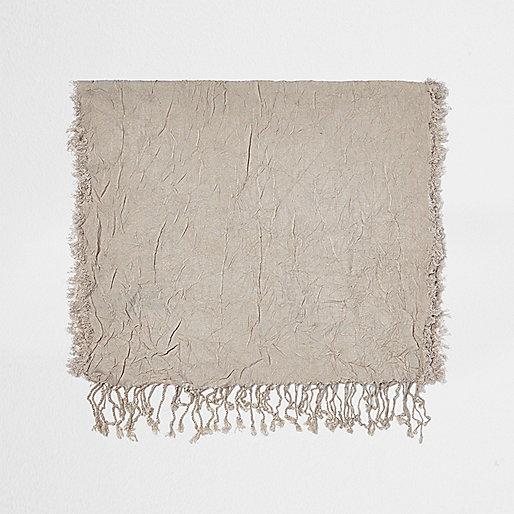 Schal in Ecru mit Seideneffekt