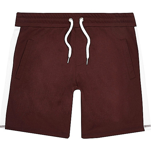 Short casual rayé rouge