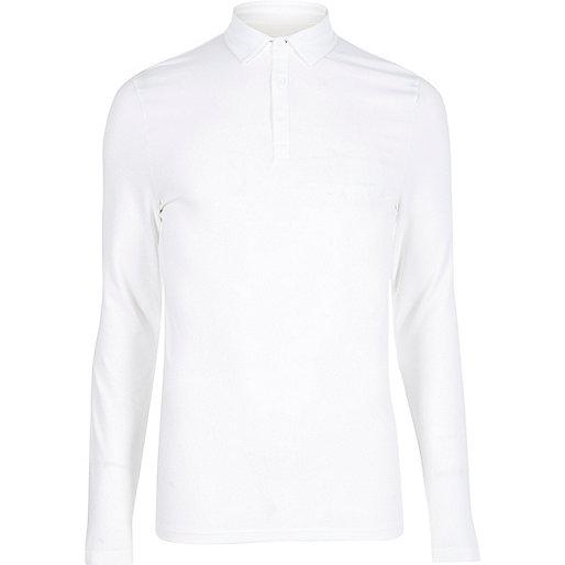 Weißes Polohemd im Muscle-Fit