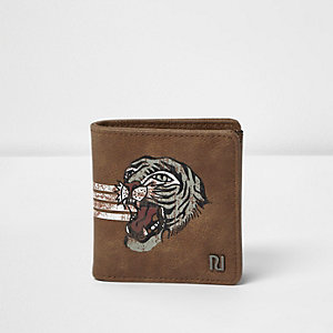 Light brown tiger print foldout wallet