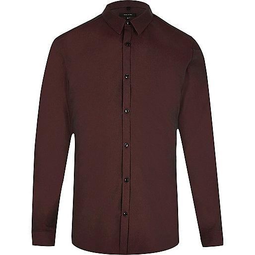 Chemise rouge tonique cintrée habillée