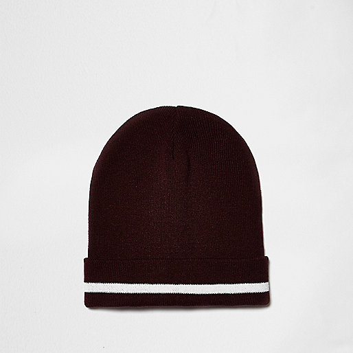 Red contrast tipping beanie hat