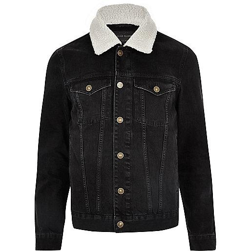 Black fleece collar denim jacket