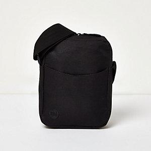 Black Mi-Pac classic flight bag